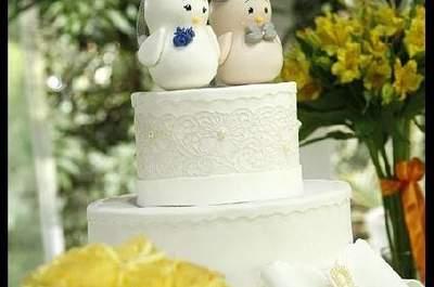 Seleção de topos de bolo originais para o bolo do seu casamento