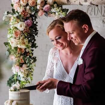 Bohemian Styled Wedding Shoot: Flowers Everywhere! | Foto: Angela Haas Fotografie