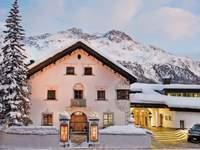 Die 10 besten Hotels für alpine Hochzeiten in der Schweiz: Luxusambiente, exquisite Küche und Entspannung pur!