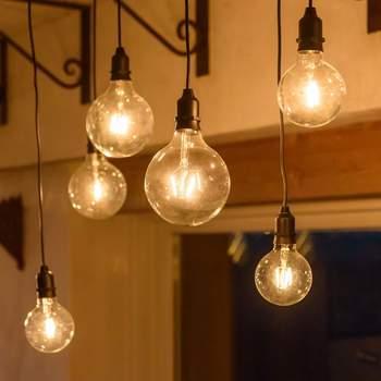 Girnalda de bombillas de filamentos. Credits: Luminalpark