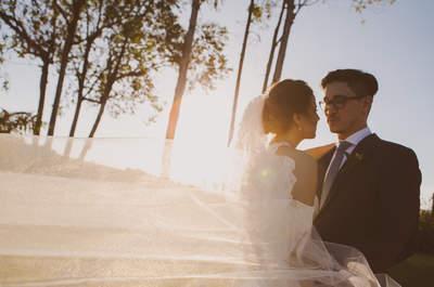 Casamento rústico ao ar livre de Camila & Daniel: puro, encantador e COLORIDO!