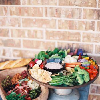 Corner de verduras y dipping. Allen Tsai Photography