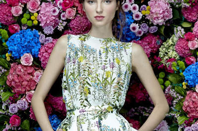 Más de 30 vestidos de fiesta estampados 2017: mucho color y alegría