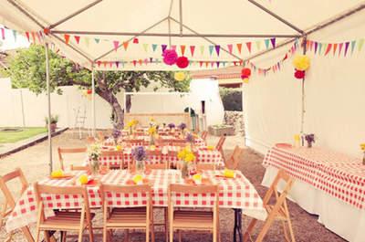 Los pompones de Maison Pompoms dan un toque diferente y especial a vuestra boda de exterior. Foto: Maison Pompoms