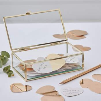 Libro de visitas cofre con corazòn de oro bodas- Compra en The Wedding Shop