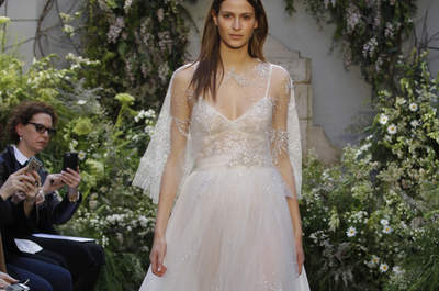 Monique Lhuillier wedding dresses 2017: designs full of glitz and glamour