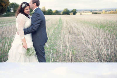 Carohutchingsphotography http://carohutchingsphotography.blogspot.it/2011/12/adam-bernie-get-married-lains-barn.html