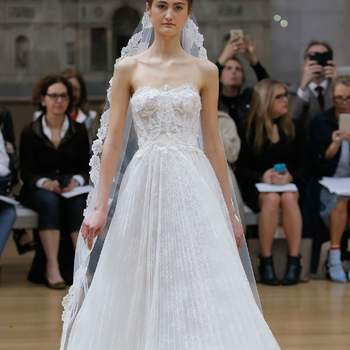 Die einzigartige Oscar De La Renta Brautmoden-Kollektion: Glamour pur für 2018!