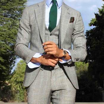 Traje gris. Credits: Absolut Bespoke