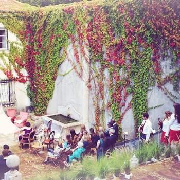 "<a href=""https://www.zankyou.pt/f/the-quinta-23968""> Foto: My Vintage Wedding Portugal - The Quinta </a>"