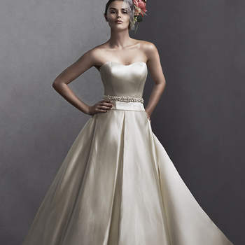 "<a href=""http://www.sotteroandmidgley.com/dress.aspx?style=5SS098"" target=""_blank"">Sottero and Midgley Spring 2015</a>"