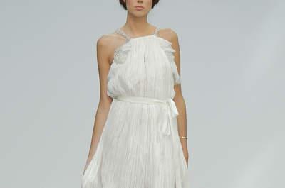 Robes de mariée pour petite poitrine : les modèles qui mettront en valeur votre silhouette !