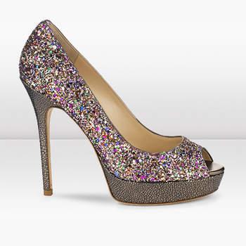Escolhemos oito modelos das mais recentes criações Jimmy Choo para as noivas que dão tanta importância aos sapatos que levam calçados como ao vestido de noiva (ou, algumas, ao noivo!)