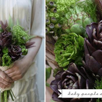 Añade un elemeto fuera de lo común como chiles o alcachofas, tendrás un ramo diferente. Foto de Green Wedding Shoes.