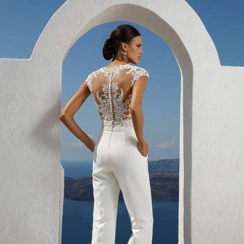 Style 88000. Credits: Justin Alexander