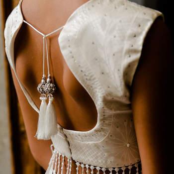 Manuela Lo Presti: sorprendi i tuoi invitati con  un modello dallo stile etnico, arricchito da preziosi ricami, sarà un successone!