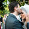 Zärtliche Gesten eignen sich sehr gut fúr das Hochzeitsfoto- Foto: Aline Machado
