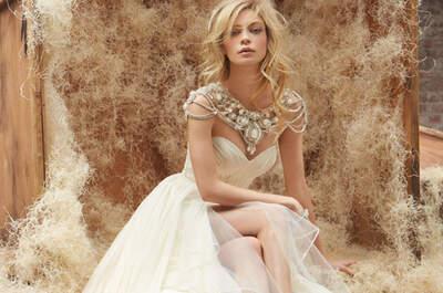 Tendencia: Vestidos de novia con collares incorporados