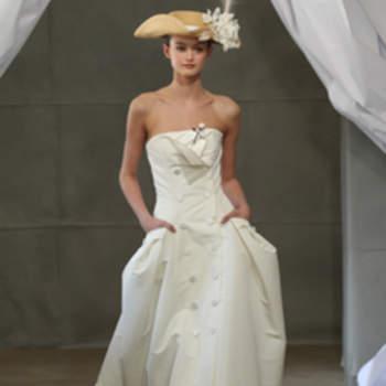 Robe bustier Carolina Herrera 2013. Touche printanière et romantique.