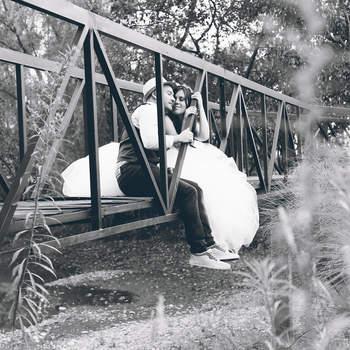 """<a href=""""http://www.encuadradas-fotografia.com/"""" target=""""_blank""""> Encuadradas</a>"""