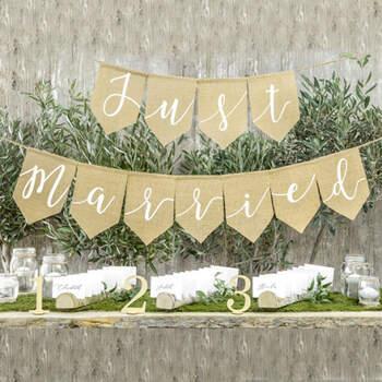 Guirlanda banderitas Just Married- Compra en The Wedding Shop