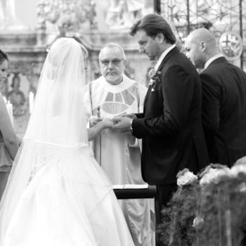 Das Ja-Wort ist wohl der wichtigste Moment einer Hochzeit - nicht nur für das Brautpaar.
