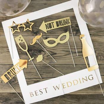 Atrezzo para photocall best wedding oro- Compra en The Wedding Shop