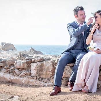 "Casamento em Hotel Senhora da Guia | Foto:<a href=""https://www.zankyou.pt/f/portugal-wedding-photographer-422417"" target=""_blank""> Portugal Wedding Photographer </a>"
