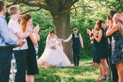 Seis tips básicos para planificar tu matrimonio a distancia
