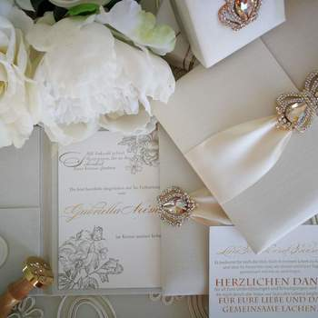 ( Credits: GNC Luxury Invitations & Design)