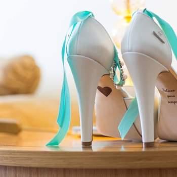 Sapatos: andIwonder wedding