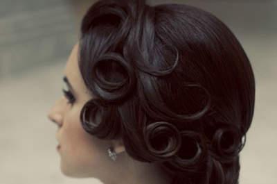 Heavenly hair for vintage brides
