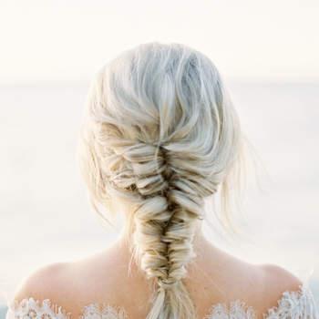 Penteado para noiva com trança espinha de peixe | Credits: Kurtz Orpia Photography