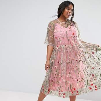 Más de 20 vestidos de fiesta de talla grande para invitadas que quieran presumir de estilo
