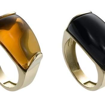 Estos preciosos anillos disponibles en diferentes colores de piedra son ideales para completar tu look de novia o invitada. Foto: Chancejoyas. http://www.chancejoyas.com