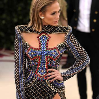 Jennifer Lopez em Balmain | Foto:: IG @jlo