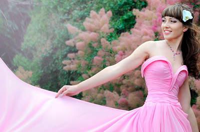 Vestidos de novia en tonos rosados, para las bodas más románticas de 2016