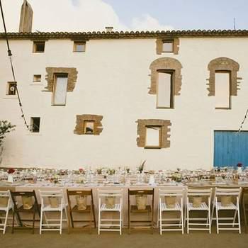 Dispone de amplios espacios para la celebración de un banquete exquisito, además de jardines espectaculares en los que podrás realizar un reportaje de boda muy especial.