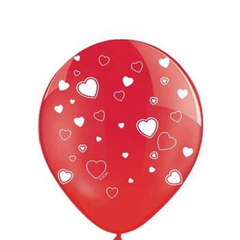 Foto: Globos rojos con corazones blancos