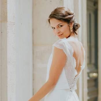 Robe de mariée simple modèle Lucie - Crédit photo: Elsa Gary