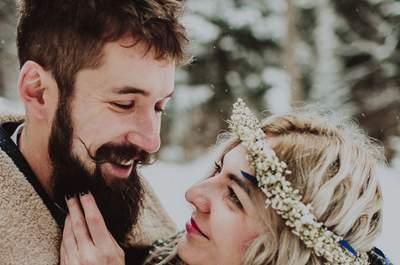 Zimowa, leśna sesja ślubna ślubna o smaku herbaty pigwowej. Rozkoszuj się nią!