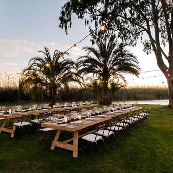 Una boda en el complejo Nou Racó es una experiencia inimitable con el entorno que ofrece el Parque Natural de la Albufera y sus espectaculares puestas de sol.