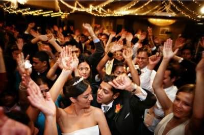 Avoid an Empty Dance Floor! 5 Tips for Hiring a Great Wedding Band