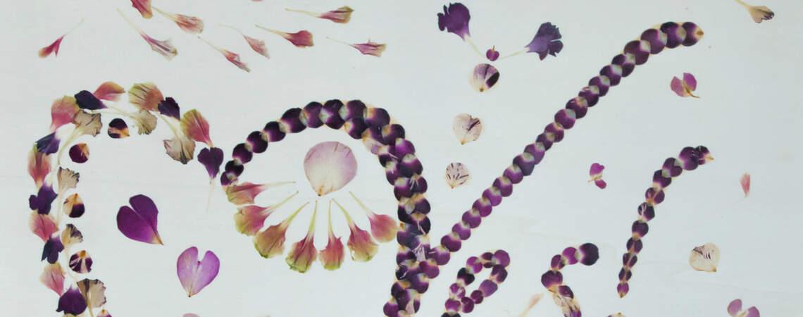 Ein Brautstrauß für die Ewigkeit – Flora Metaphorica kreiert Kunstwerke aus Blumen