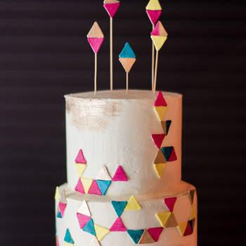 Inspiração para bolos de casamento modernos | Créditos: Matt Rice