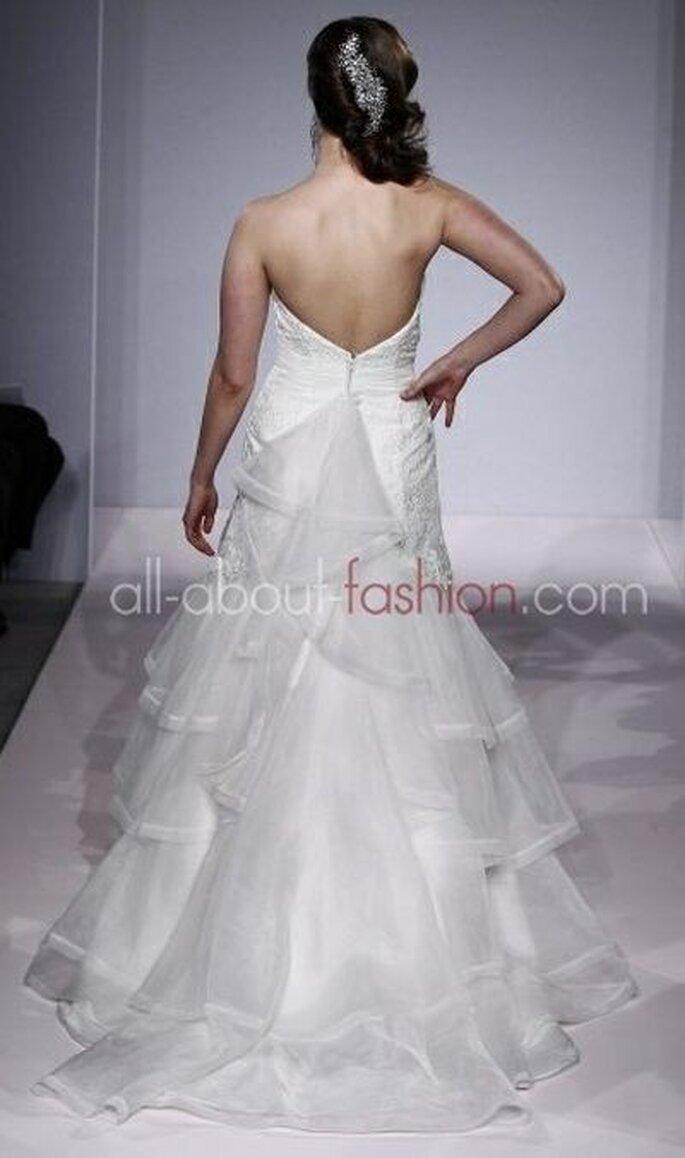 Brautkleid mit entzückendem Rückenausschnitt! - Henry Roth