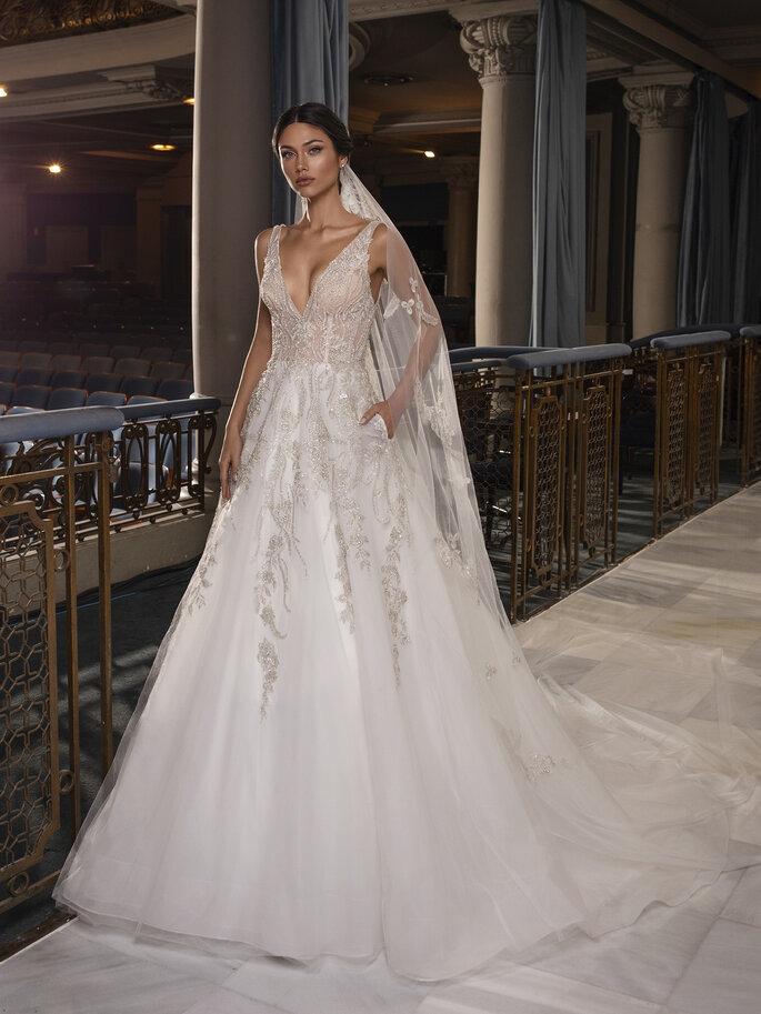 vestido de noiva princesa rendado com transparências