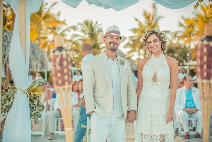 Looks nupciales para boda en la playa