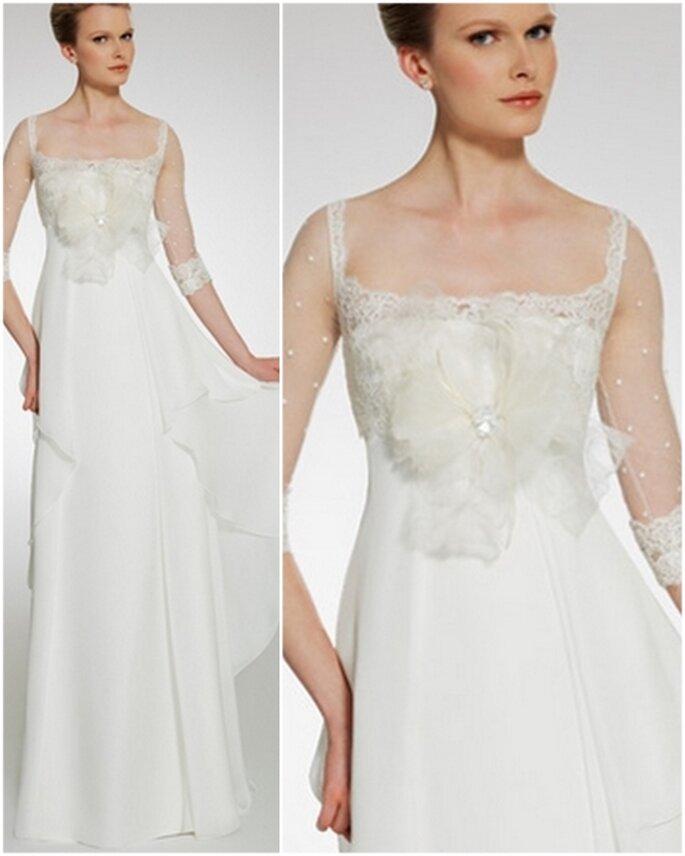 Vestido de novia de tirantes, corte imperio. Patricia Avedaño