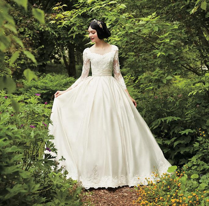 Abito da sposa bianco ispirato a Biancaneve
